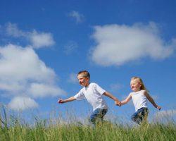 Tips Mengatur Waktu Penggunaan Gadget bagi Anak